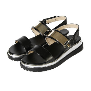 (女) YOUNG COLOR 潮流金屬飾片厚底涼鞋 黑 鞋全家福