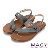 MAGY 經典剪裁 牛皮斜邊細帶夾腳型涼鞋-藍色