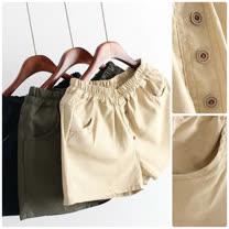 【Maya Collection】鈕扣造型鬆緊腰身棉麻短褲(共三色)