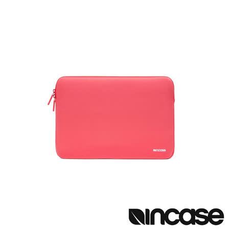 INCASE Neoprene Classic Sleeve 15 吋經典潛水硬挺內袋 (紅色)