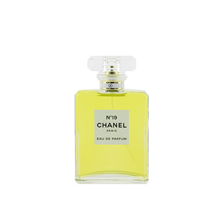 CHANEL香奈兒 N°19 女性香水50ml 贈派盒及隨機小物