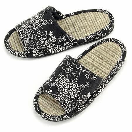 【波克貓哈日網】藺草室內拖鞋◇日本製女用◇《黑底白花》