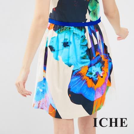 ICHE 衣哲 渲染印花傘襬洋裝