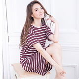 Wonderland 俏麗條紋運動居家休閒洋裝(紫)