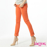 SOMETHING 低腰彩色窄直筒色褲-女-桔黃