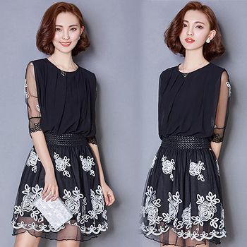 韓國KW (預購)KBN1480柔美展現氣質繡花洋裝 -黑