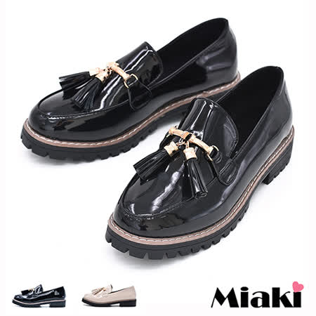 【Miaki】樂福鞋英倫簡約流蘇低跟包鞋 (杏色 / 黑色)