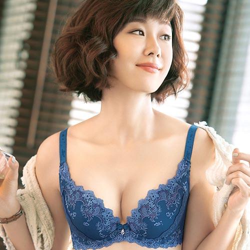 ~Audrey~魔塑5D 集中款B~E罩內衣^(珊瑚藍^)