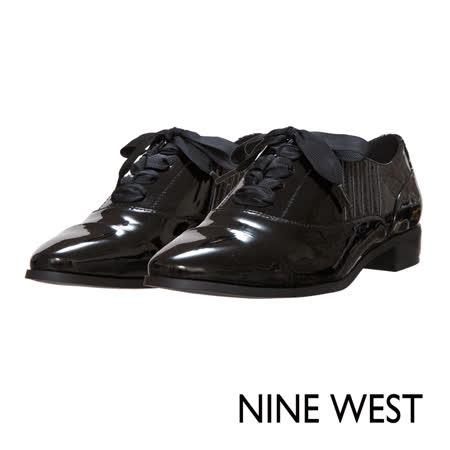 NINE WEST--綁帶紳士平底鞋--俐落黑
