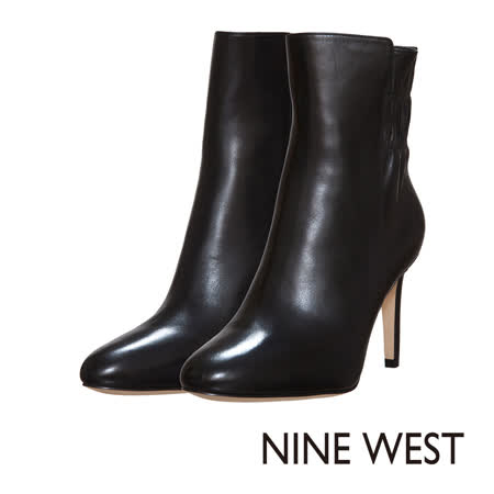 NINE WEST--俐落素面高跟中筒靴--簡約黑