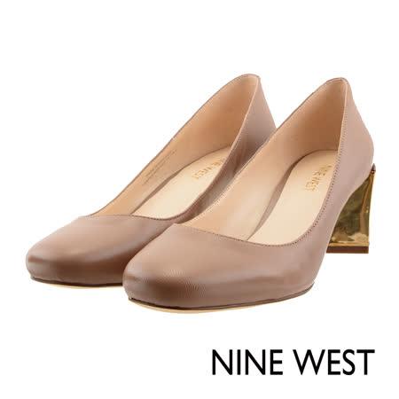 NINE WEST--金屬粗跟圓頭高跟鞋--質感膚