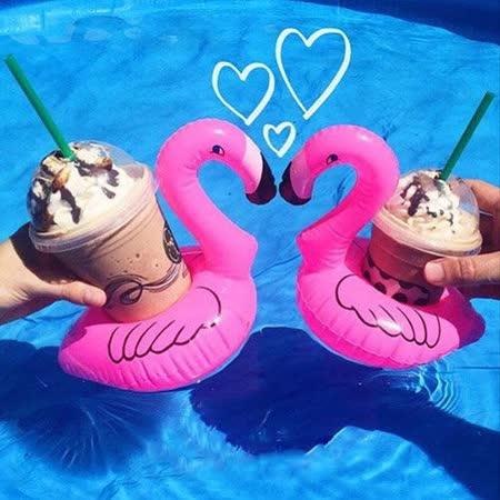 【PS Mall】海邊度假玩水必備 紅鶴火烈鳥充氣飲料水上杯墊 泳圈 2入 (J313)