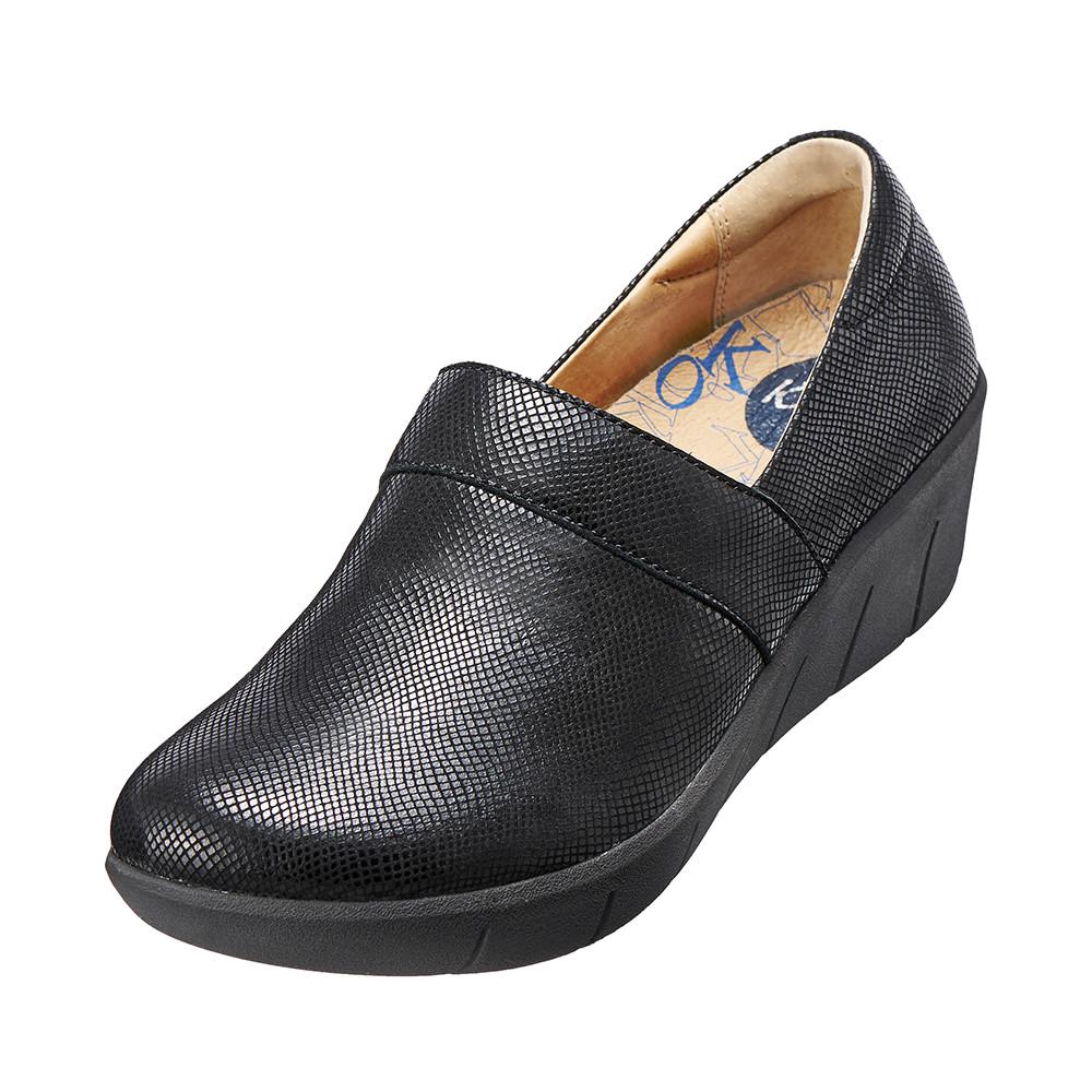~Kimo德國 氣墊鞋~真皮花紋厚底鞋.真皮.牛皮.增高.舒適^( 黑K15WF07701