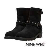 NINE WEST--中性型格鉚釘低跟軍靴--粗曠黑