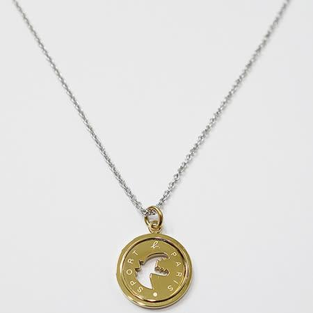 agnes b. 恐龍造型圓形墜飾項鍊(金色)