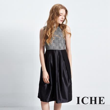 ICHE衣哲 圖騰印花蕾絲短裙
