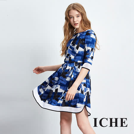 ICHE衣哲 立體印花拼接傘襬造型洋裝