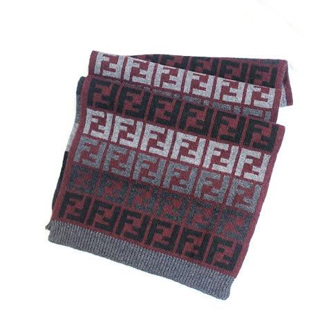 【FENDI】經典雙F緹花毛圍巾(暗紅色)