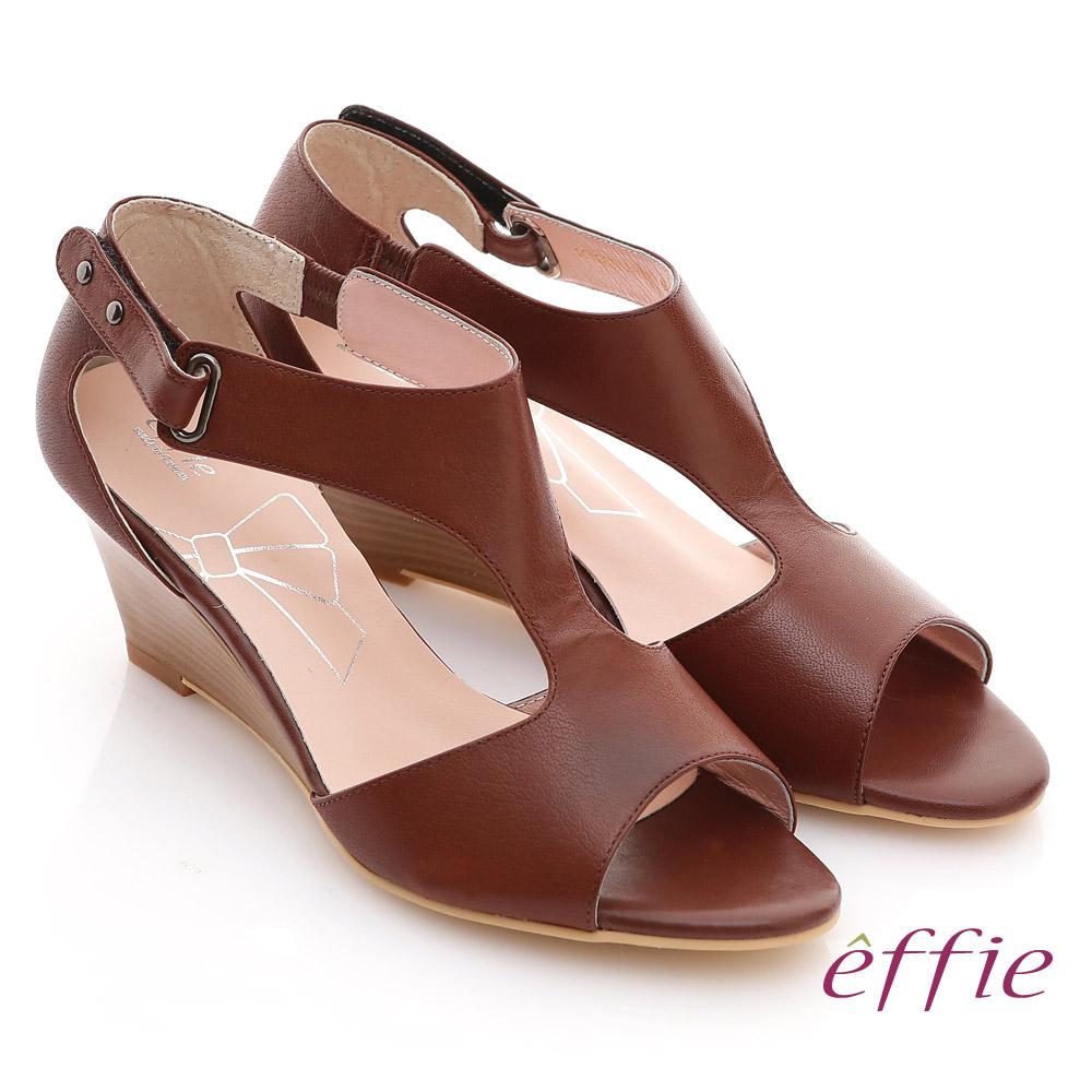 【effie】慵懶旅行 全真皮T字魔鬼氈楔型涼鞋(咖啡)