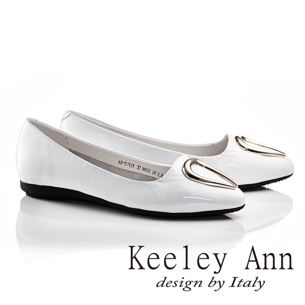 Keeley Ann水滴金屬釦飾OL莫卡辛微尖頭鞋 白色625712140 ~Ann系列
