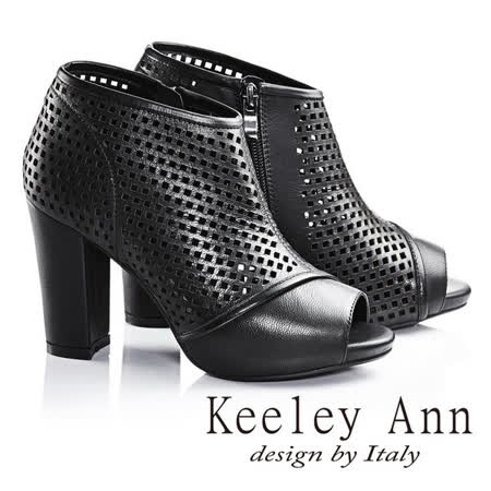 Keeley Ann洞悉時尚美型拼接粗跟羅馬涼鞋(黑色633533210)