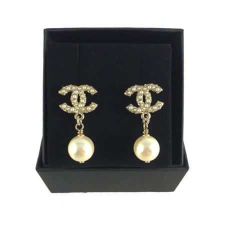 【CHANEL】雙C logo 立體珍珠耳墜耳環(金色)