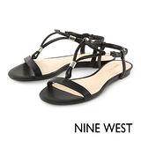 NINE WEST--T字繫帶涼鞋--率性黑