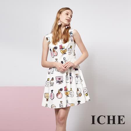 ICHE 衣哲 滿版印花打摺造型洋裝