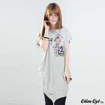 【Olive Oyl奧莉薇】縫布水鑽彩圖不規則長版上衣(共二色)