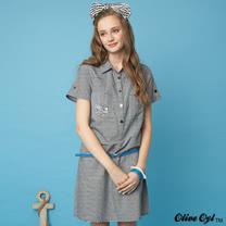 【Olive Oyl奧莉薇】襯衫領繡圖條紋剪裁洋裝(共二色)