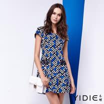 【YIDIE 衣蝶】亮色幾何圖滿版棉質短洋裝