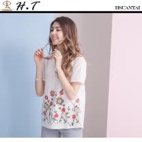 玄太-透氣花朵刺繡棉麻造型上衣 (白)