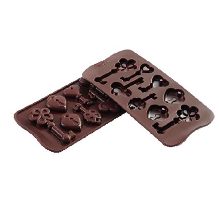 義大利進口《Silikomart》8連鑰鎖矽膠巧克力模/冰模/22.133.77.0065