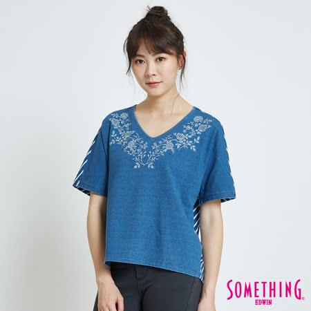 SOMETHING 靛藍花卉圓領短袖T恤-女-漂淺藍