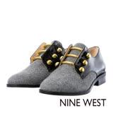 NINE WEST--中性風金屬裝飾低跟紳士鞋--毛呢灰