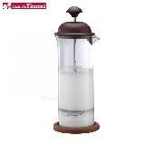 Tiamo 玻璃奶泡杯400ml咖啡色 附底墊 (HG5265)
