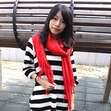 【Lus.G】高質感輕時尚實搭素色披肩型圍巾共3色-紅AMT-44