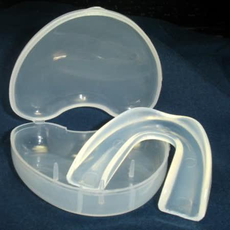 外銷歐美之防磨牙.大眾運動/單層加大型軟式護牙套 X 2組(2牙套+2收納盒)