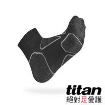 Titan功能慢跑襪-黑/黑竹炭