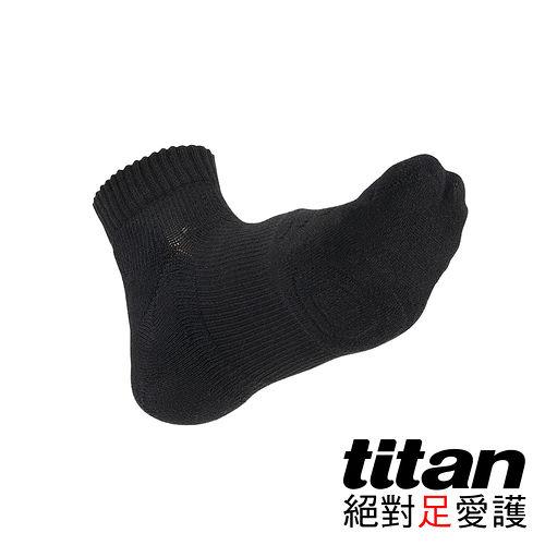 Titan專業籃球襪高雄 佩 佩-黑