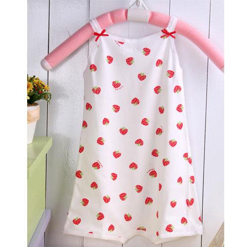 ^( 車^) KUKI 草莓印花細肩帶俏皮連身裝^~嬰幼兒 ^~女童內著^~女 ^~ ^~