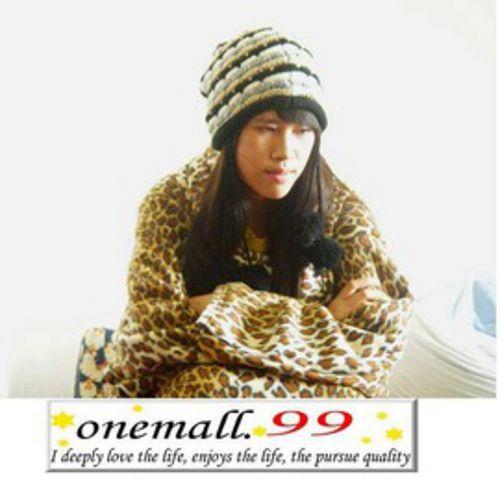 onemall.99雙面超細纖維 保暖袖毯^(豹紋蘇格蘭^)