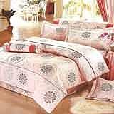 Joy bed【花季戀曲-粉】雙人鋪棉八件式床罩組(台灣製)