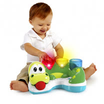 Kids II-來玩球吧-繽紛小鱷魚打打樂