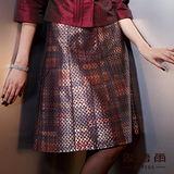 【麥雪爾】華麗璀璨~科技十足感耀眼色澤紅緞寬裙