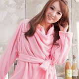 床之戀 台灣精製多用途超輕保暖纖維暖人袖毯浴袍(粉色)