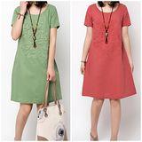 【MIDORI╭。綠】氣質繡花貼布短袖棉麻洋裝FD268