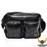 AIRWALK - 黑金系列 型男爵士雙口袋肩斜側背包 - 必酷黑