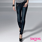 【SOMETHING】順流弧形 亮片華麗窄直筒牛仔褲-女款(原藍磨)