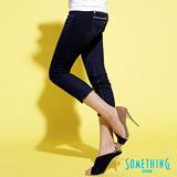 【SOMETHING】摩登主義 仿雙腰頭七分牛仔褲-女款(酵洗藍)